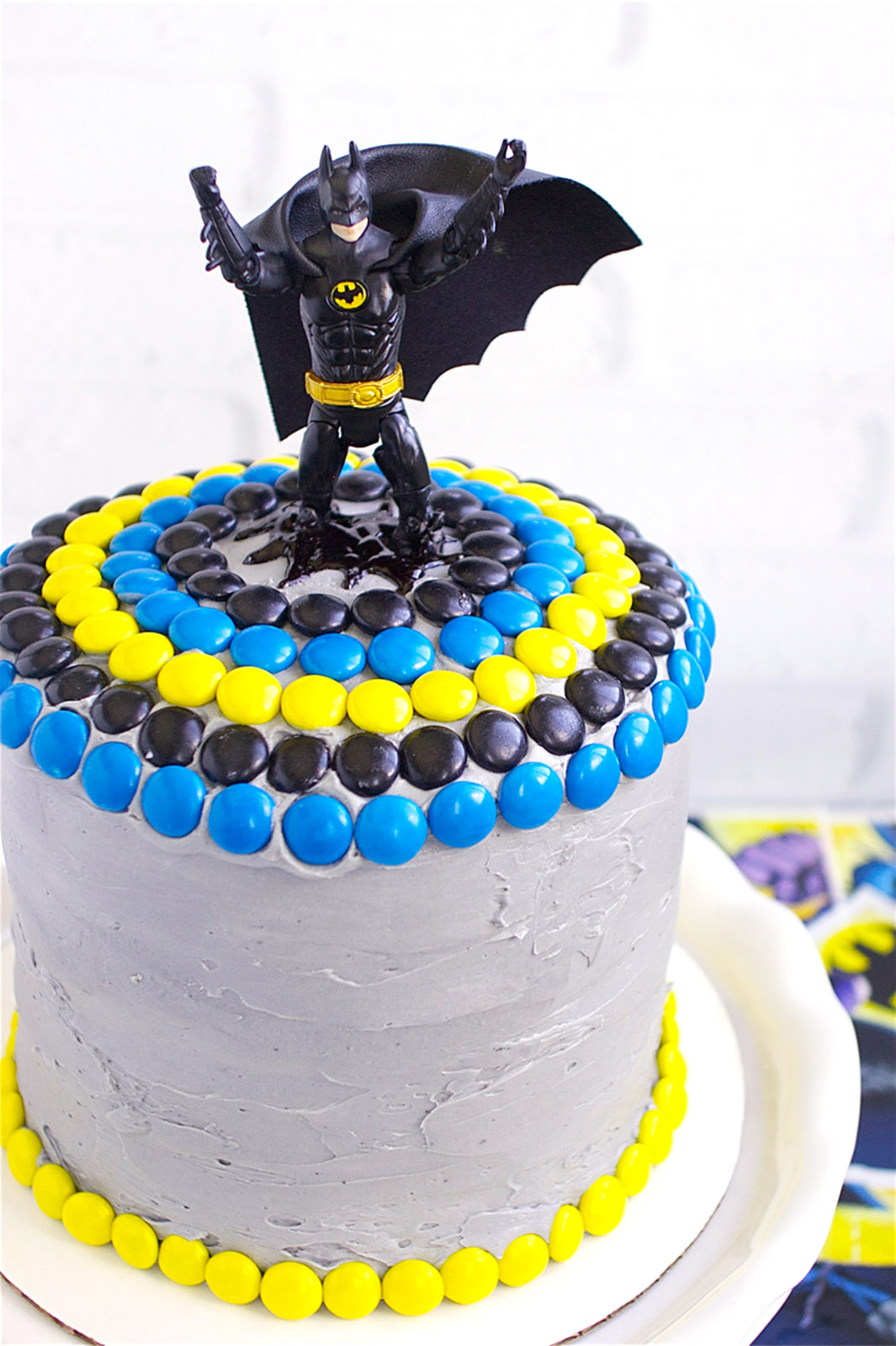 Batman Cake Deliciously Declassified